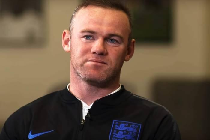 """Wayne Rooney nie ma wątpliwości, kto zostanie mistrzem Anglii. """"Manchester United zdobędzie tytuł"""""""