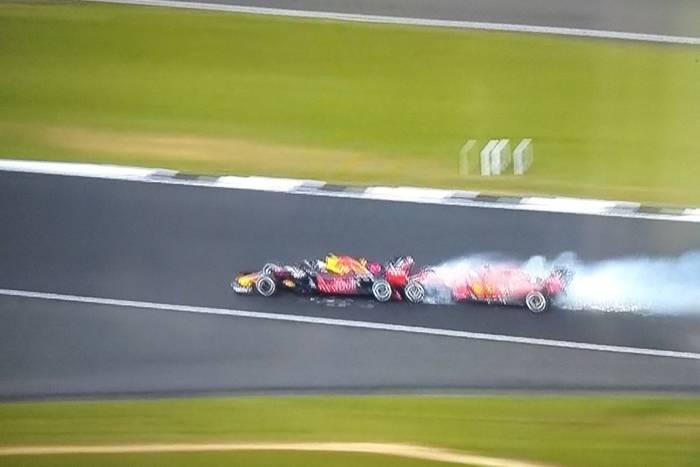 Kolizja podczas Grand Prix Wielkiej Brytanii. Sebastian Vettel wjechał w Maxa Verstappena [WIDEO]