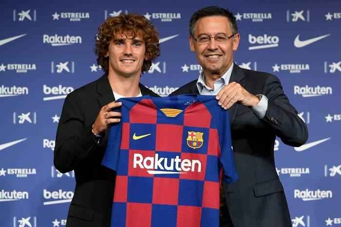 """Antoine Griezmann szybko odnalazł się w FC Barcelonie. """"Zawsze trzymamy się razem w pięciu"""""""