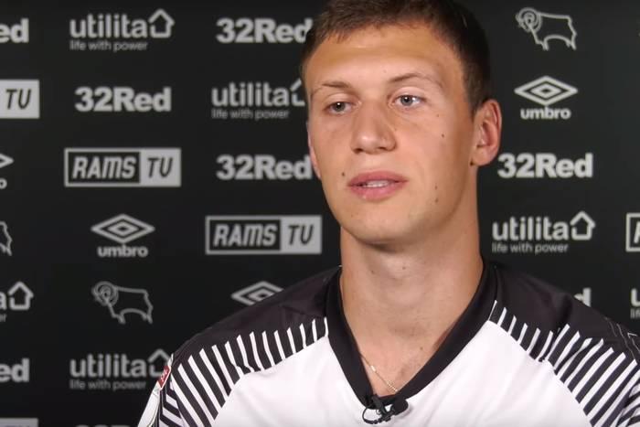 Krystian Bielik piłkarzem grudnia w Championship. Kibice nie mieli wątpliwości