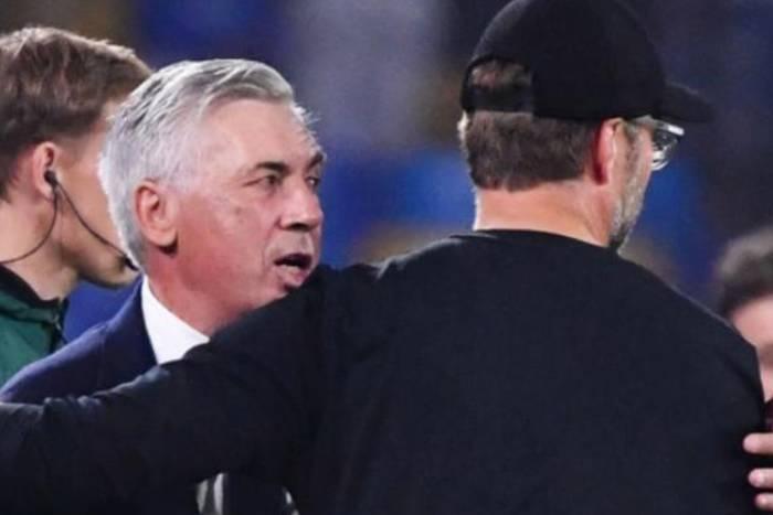 Co Carlo Ancelotti powiedział Jurgenowi Kloppowi po meczu Napoli z Liverpoolem? Włoch wyjaśnił sytuację