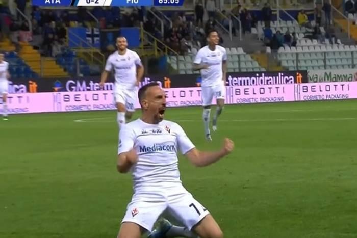 Pierwszy gol Francka Ribery'ego w Serie A! Piękne uderzenie z woleja [WIDEO]