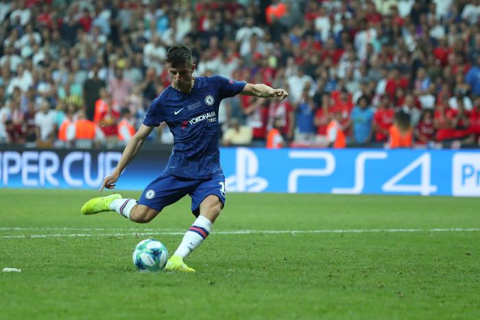 Filar Chelsea zostanie w klubie. Pomocnik może liczyć na podwojenie pensji