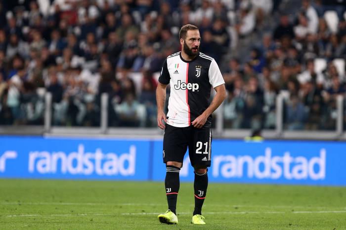 Gonzalo Higuain na wylocie z Juventusu. Dwa kluby w grze o Argentyńczyka