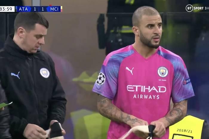 Manchester City stracił punkty i kończył mecz z obrońcą w bramce. Bezlitosny Real Madryt odżył w LM [WIDEO]