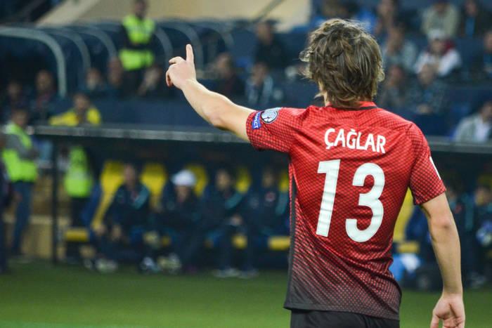 """Nie """"drugi Maguire"""", a pierwszy Söyüncü. Turek wyrasta na czołowego stopera Premier League"""