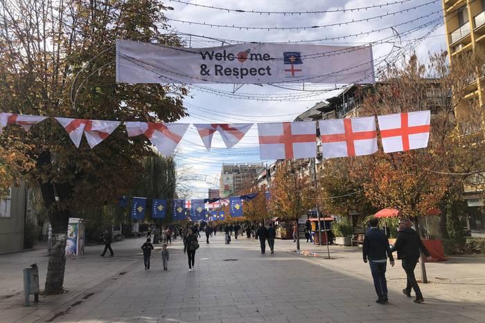 Anglicy niesamowicie przywitani w Kosowie. Miła odmiana od bułgarskiego piekła