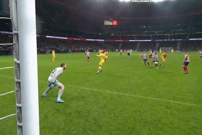 FC Barcelona wygrała z Atletico Madryt. Nieziemskie parady i magiczny Leo Messi [WIDEO]