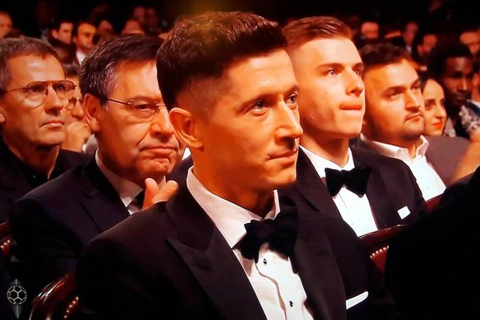 """Tak Robert Lewandowski zareagował na wyniki Złotej Piłki. """"Rozczarowany? Nie"""" [WIDEO]"""