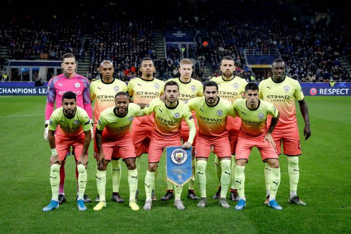 Tak piłkarze Manchesteru City świętowali wygraną w lidze. Impreza z 22 modelkami w luksusowym hotelu