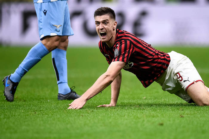 Składy na mecz AC Milan - Udinese Calcio. Gol w Pucharze Włoch nie pomógł Krzysztofowi Piątkowi