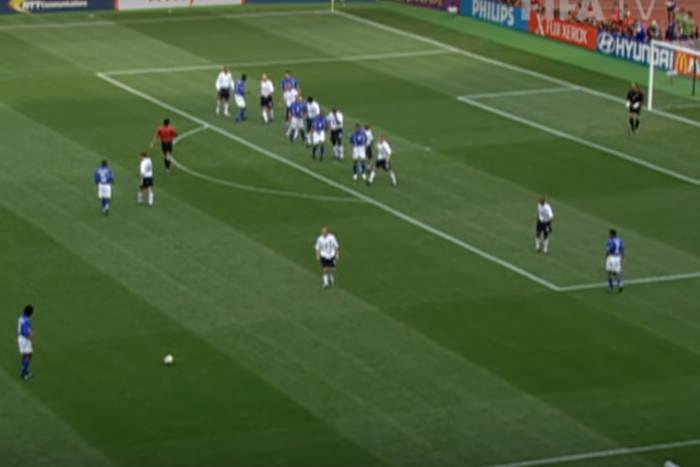 Ronaldinho vs Anglia