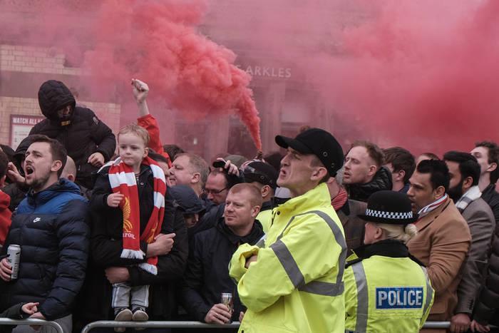 Śmiertelne żniwo meczu Liverpoolu i Atletico Madryt w Lidze Mistrzów. Ponad 40 osób ofiarami koronawirusa
