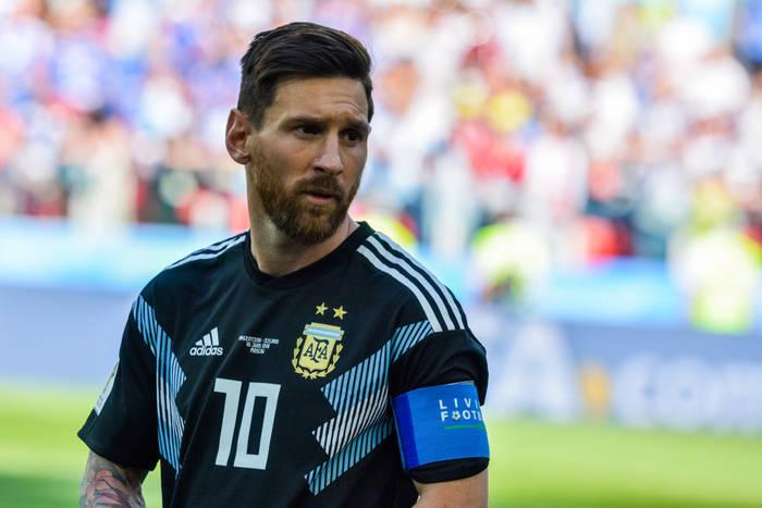Messi powinien mieć mniej, Raul i Henry po jednej. Poprawiamy błędy w przyznawaniu Złotych Piłek