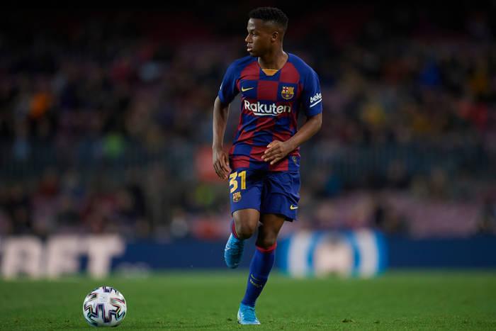 Wielki powrót Ansu Fatiego! Piłkarz FC Barcelony z zielonym światłem na grę po 322 dniach przerwy