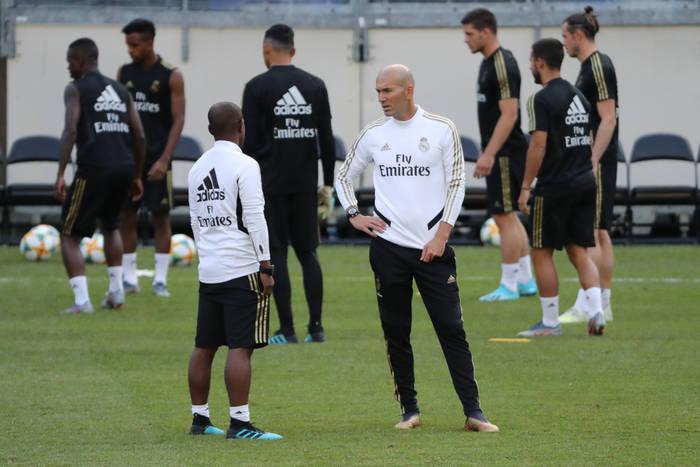 """Zinedine Zidane zirytowany pytaniem dziennikarza. """"Starasz się sprowokować konflikt między nami"""""""