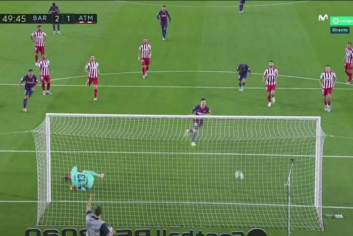 Niesamowite widowisko w meczu FC Barcelony z Atletico. Trzy rzuty karne, Messi trafił w stylu Panenki [WIDEO]