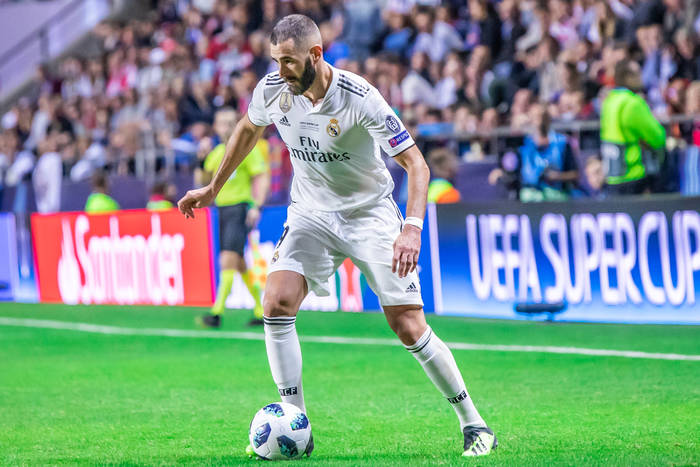 Karim Benzema uciekł Robertowi Lewandowskiemu w klasyfikacji wszech czasów. Polak odpowie przeciwko Chelsea?