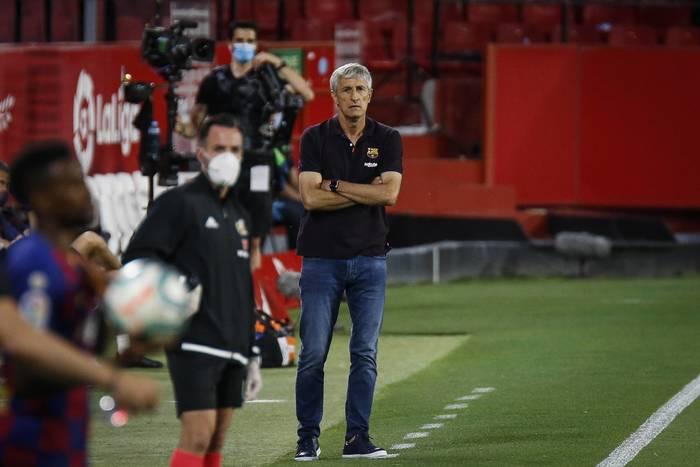 Trener FC Barcelony o uciekającym mistrzostwie: To nie do końca moja wina. Nie mogłem rotować składem