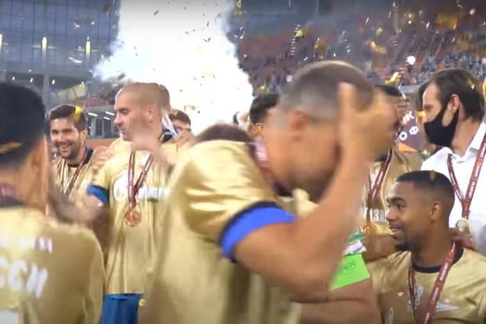 Zenit Sankt Petersburg zniszczył Puchar Rosji. Piłkarze chwytali się za głowy [WIDEO]