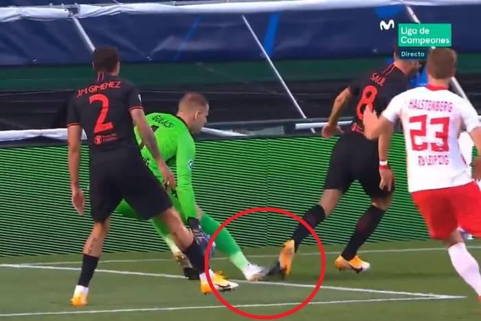 """Szymon Marciniak skrzywdził Atletico Madryt? """"To był karny. Głupi, ale karny"""" [WIDEO]"""