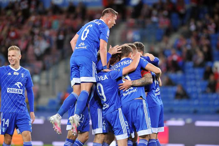 Wisła Kraków rozbita na własnym stadionie. Piłkarz Wisły Płock strzelił gola nożycami [WIDEO]