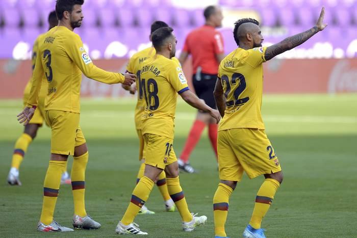 """Arturo Vidal pożegnał się z FC Barceloną. """"Jestem dumny, że nosiłem tę koszulkę. Dziś rozpoczynam nowy etap"""""""