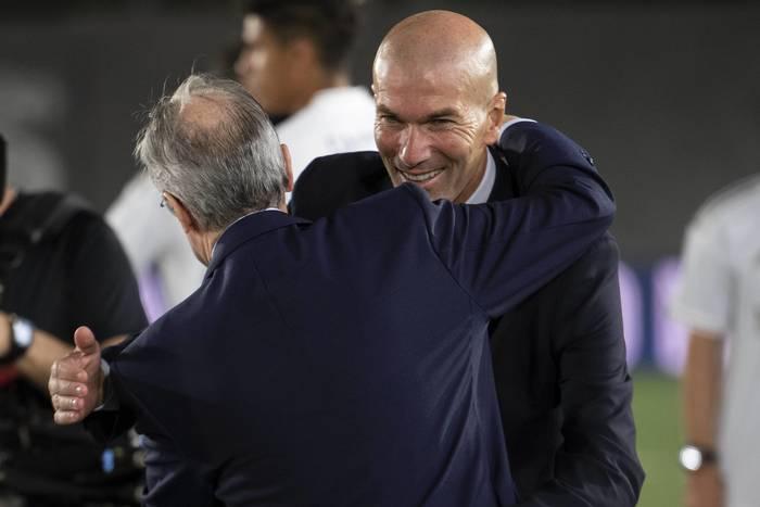 """Zinedine Zidane w ogniu krytyki. """"Jeśli dał na to zgodę, to powinien złożyć rezygnację"""""""