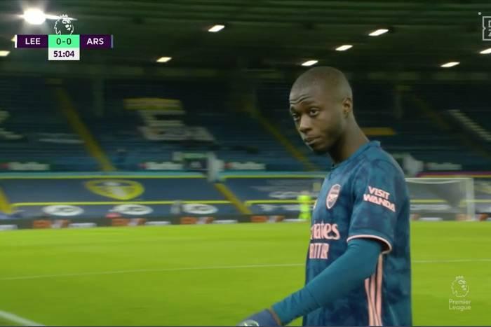 """Arsenal uciekł spod topora. Nicolas Pepe nie wytrzymał. Czerwona kartka za """"zagranie głową"""" [WIDEO]"""