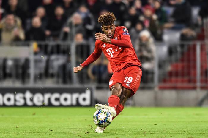 Bayern Monachium chce przedłużyć umowy z dwoma ważnymi piłkarzami. Jedna z ofert została odrzucona
