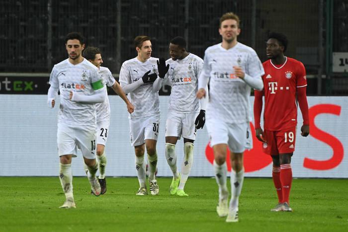 Liverpool FC faworytem do kupna pomocnika z Bundesligi. Bayern Monachium odpuszcza kolejną transakcję