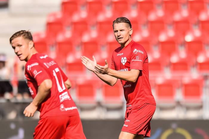 Artur Wichniarek: Bayernowi nie pasuje, że stracił 3 gole z Arminią. Piątek może się bać spadku [NASZ WYWIAD]