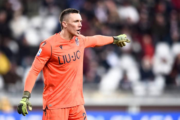 Polacy za granicą. Biało-czerwone Włochy! Skorupski zatrzymał Zlatana, szaleństwo i trzy gole w Serie B