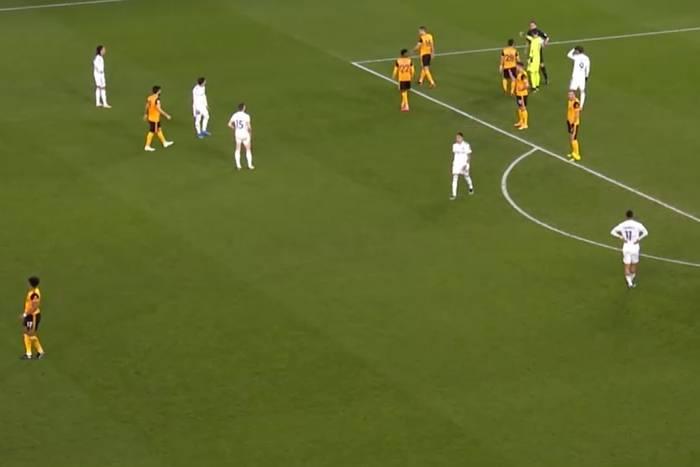 Wyjazdowa porażka Leeds United. Mateusz Klich trafił w słupek