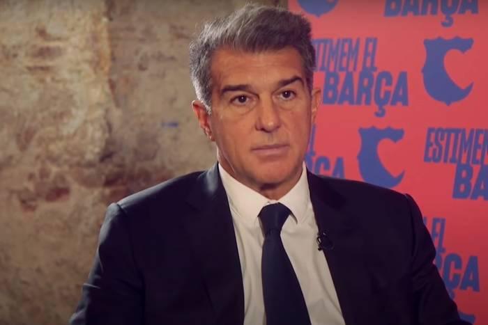 Media: Joan Laporta ma plan na pozyskanie nowego napastnika. Klasowy snajper trafi do FC Barcelony?