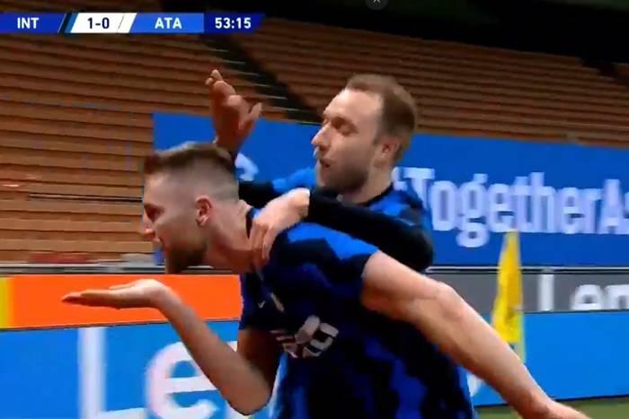 """Inter Mediolan wykonał kolejny krok ku mistrzostwu Włoch. """"Nerazzurri"""" wygrali w hicie z Atalantą [WIDEO]"""