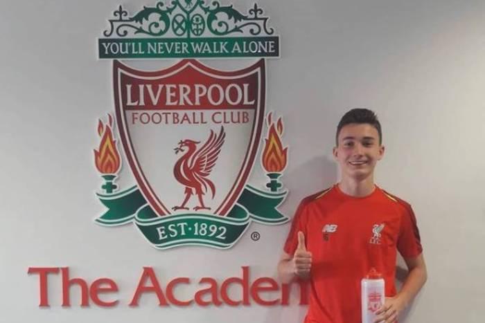 Mateusz Musiałowski wyprzedził Mohameda Salaha i Diogo Jotę. Liverpool docenił gola młodego Polaka [WIDEO]
