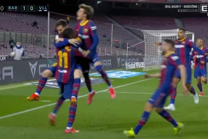 """Gol w 90. minucie uratował FC Barcelonę! Dzięki Ousmane Dembele """"Blaugrana"""" goni Atletico [WIDEO]"""