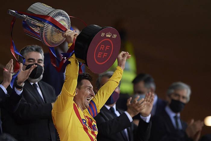 FC Barcelona ma pomysł, jak zatrzymać Leo Messiego. Ujawniono szczegóły