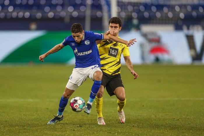 Miłe pożegnanie Bundesligi w Gelsenkirchen. Eintracht oddał Borussii Dortmund Ligę Mistrzów [WIDEO]