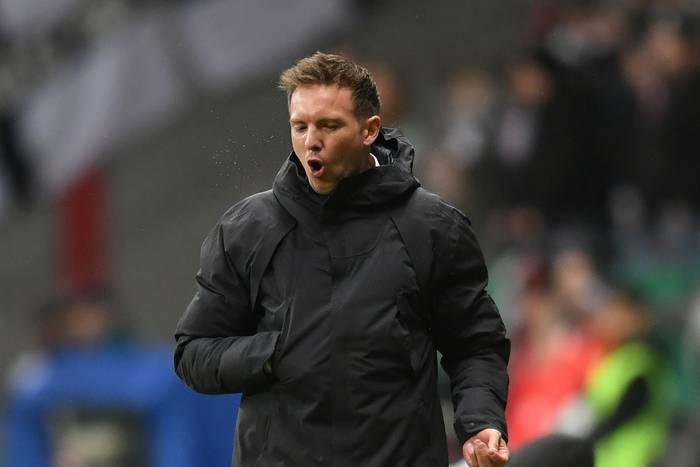 """""""Nagelsmann, ty świnio"""". Gorące przywitanie nowego trenera na stadionie Bayernu Monachium"""