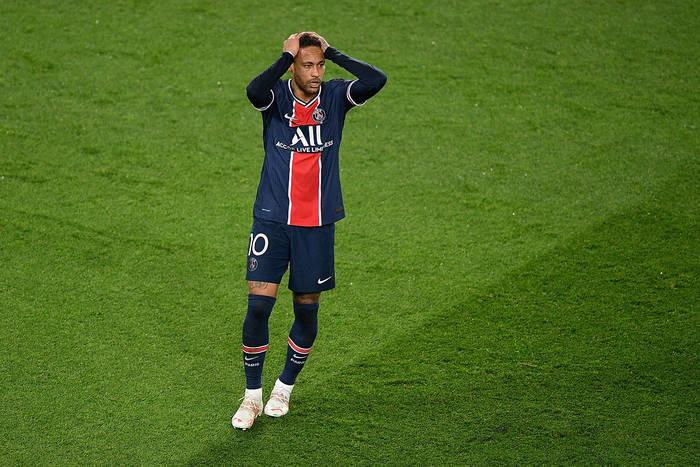 """Francuskie media miażdżą Neymara. """"Czy to był żart? Neymarze, byłeś katastrofalny!"""""""