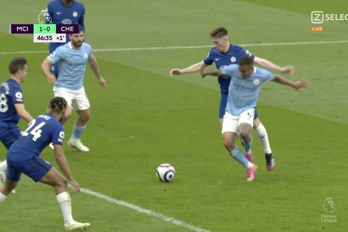 Manchester City może pluć sobie w brodę. Miał Chelsea na łopatkach, ale przegrał! [WIDEO]