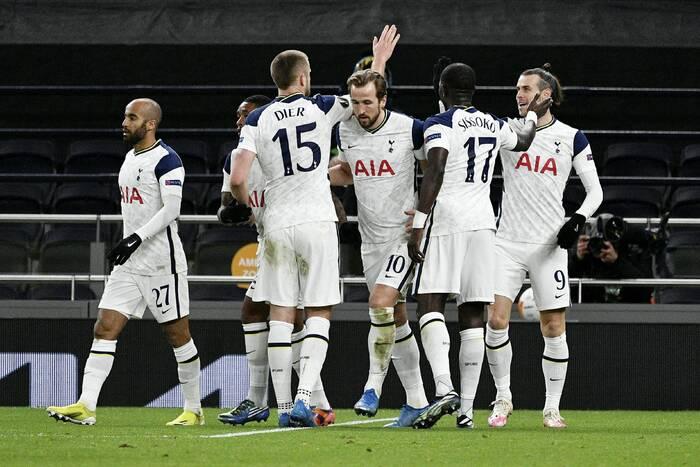 Tottenham rozpoczął negocjacje z nowym trenerem. Znany szkoleniowiec może wrócić do Premier League