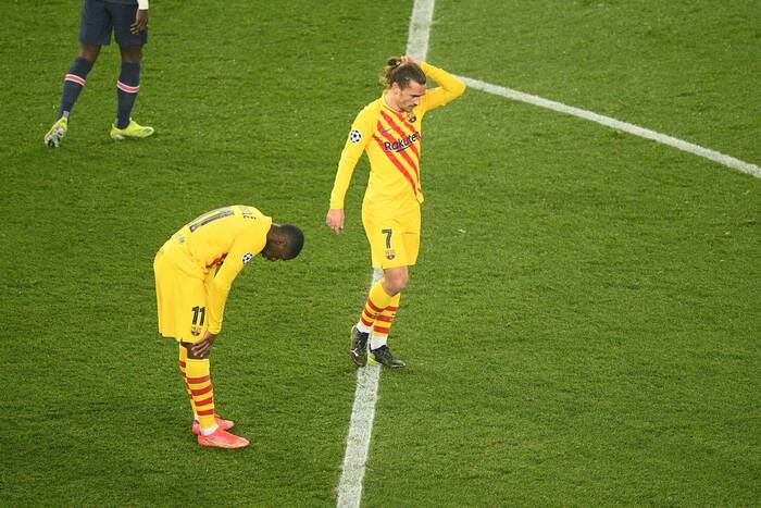 """Czystka kadrowa w FC Barcelonie? """"Duma Katalonii"""" czeka na oferty za 18 zawodników!"""