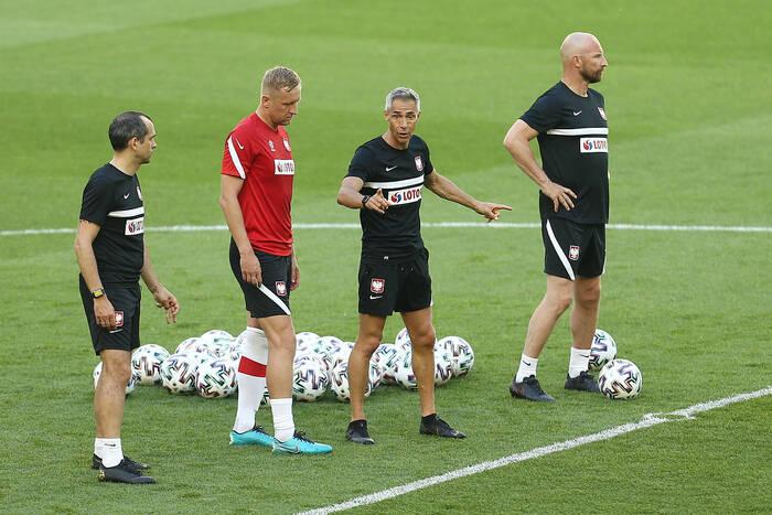 """Autorytet krytykuje sztab szkoleniowy Paulo Sousy. """"Nie wiem, co chcieli uzyskać"""""""