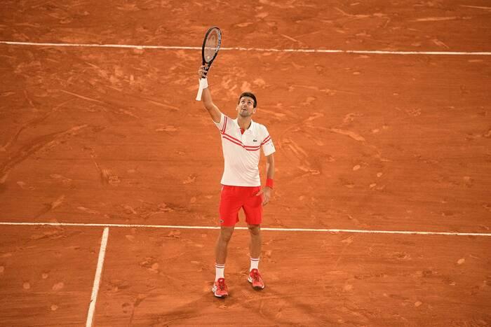 Novak Djoković zwycięzcą Roland Garros! Spektakularny wyczyn Serba [WIDEO]