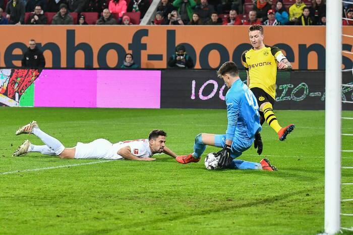 Selekcjoner Szwajcarii dowołał kolejnego piłkarza. To nowy zawodnik Borussii Dortmund