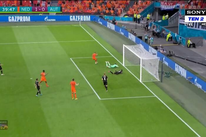 Holandia pokonała Austrię i jest już pewna awansu. Depay z golem i koszmarnym pudłem [WIDEO]