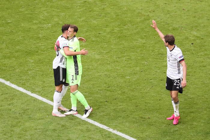 UEFA wszczęła śledztwo przeciwko niemieckiej kadrze. Wszystko przez tęczową opaskę [AKTUALIZACJA]